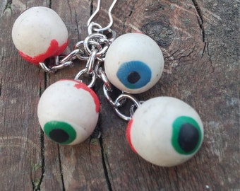 creepy eyeball keychain