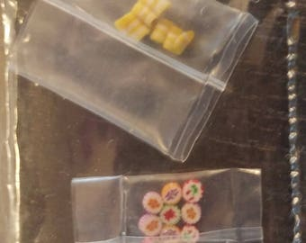 Make your own miniatures or fix some with this ribbon candy