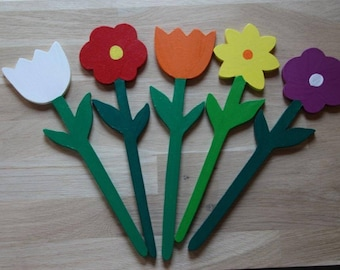 Set of 5 wooden flowers