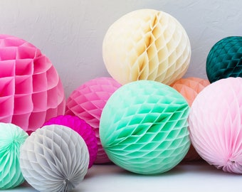 Tissue Paper Honeycomb Balls / Tissue Paper Balls / Birthday Party Decorations / Wedding  / Bridal Shower / Baby Shower / Christmas Party