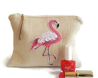 Makeuptasje of beige canvas fabric with pattern of a pink flamingo, beige makeup bag for storing your makeup and brushes, makeuptas