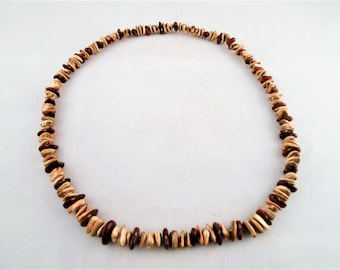 "Sunflower Seed and Kidney Bean Necklace 14"" Vintage"