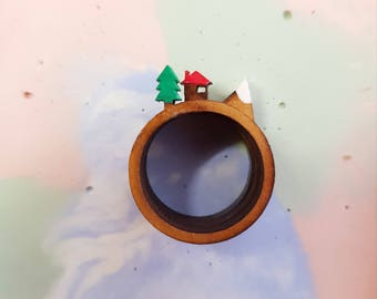 Cabin in the forest ring trio- coloured