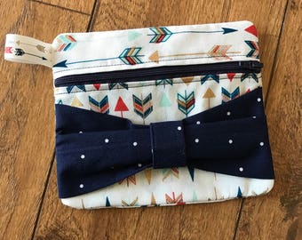 Arrow Zipper Bow Bag