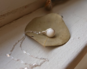 Mother of Pearl Pendant in Silver Small White Crystal Necklace Gift Dainty Healing Crystal Necklace Small Crystal Birthday Gift for Friend