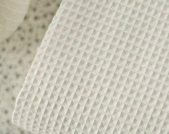 A Yard of Excellent, French Style Waffle Cotton in White Ivory WIDE 130cm, U1997