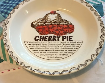 Vintage Cherry Pie Recipe Pie Plate Made in The USA #3998 & Vintage Royal China Country Harvest Ceramic Deep Dish Cherry Pie ...