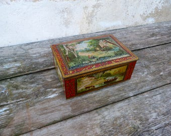 Vintage Antique 1900s French lithograph tin box /  trinket