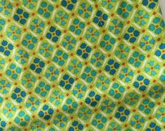 Remnant Flea Market Fancy Diamond on Green 6 x 36'' Quilt Fabric Sewing Fabric Retro Fabric