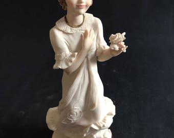 Grace - Original Giuseppe Armani Figurine