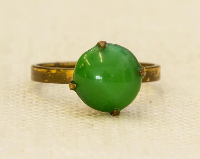 Green Round Stone Vintage Ring Gold Metal Adjustable Size 7RI