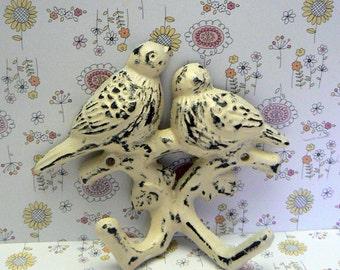 Bird Wall Hook Cast Iron Shabby Elegance Distressed Cream Off White Double Lovebirds Nursery Mudroom Hooks Jewelry Hat Key Leash Hook