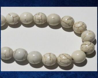 """Magnesite, White - 8"""" strand of  8mm round ball gemstone beads. #MAG-086"""