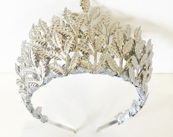 The Aura - Silver Leaf Crown - weddings or other special occasions.