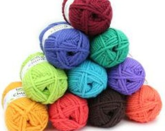 Chunky : 100% wool yarn - bulk in 10 balls each colours
