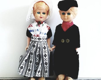 Vintage Dutch Doll couple, sleep eyes, costumed,  wooden shoes collectible dolls