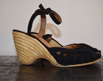 Timeless suede wedge sandal