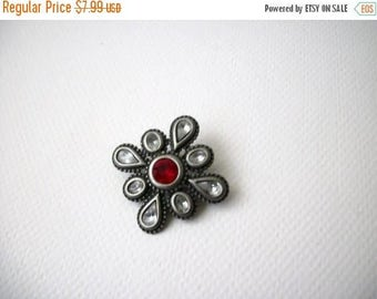 ON SALE Vintage 1950s Antiqued Silver Inlaid Glass Metal Pin 31417