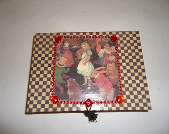 Alice in Wonderland Jewelry Box with Mirror - Alice and Friends