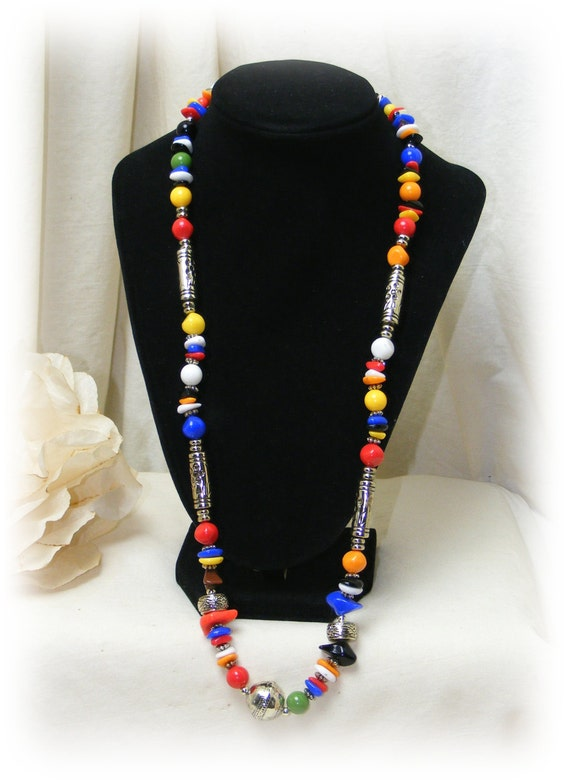 "Vintage ""COLORED BEADS NECKLACE""  . .  multiple colors (never worn)"