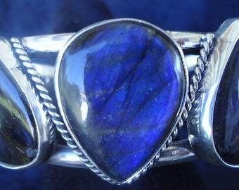 Cuff Bracelet Amazing 3 stone blue labradorite cuff bracelet