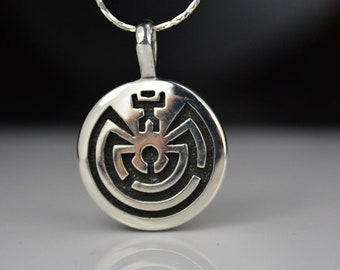 """Sterling silver Man in Maze """" I'Itoi """" pendant in a overlay engraved design"""
