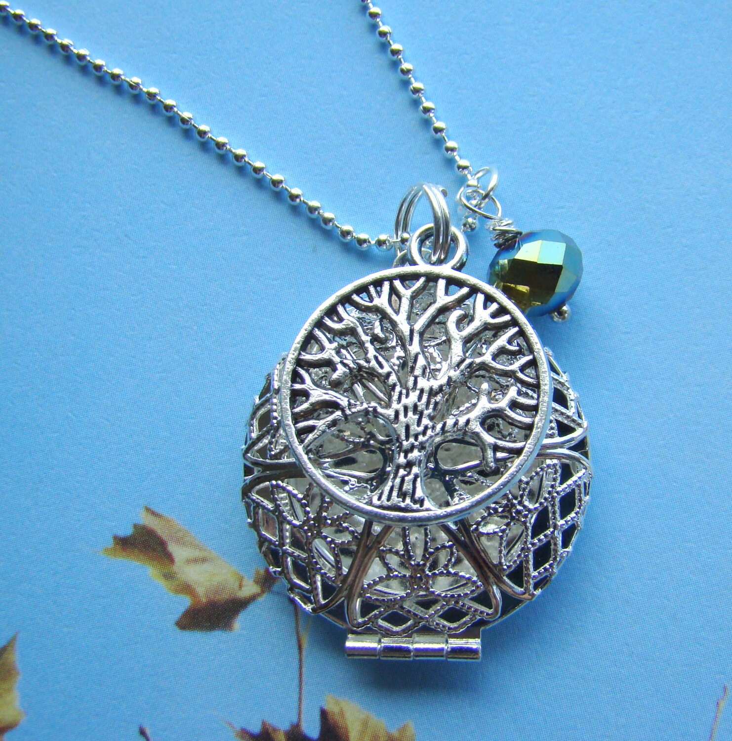 Tree of life essential oil diffuser necklace aroma therapy zoom aloadofball Gallery