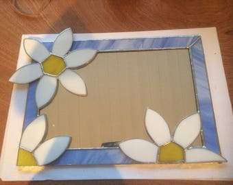 mirror, flower, daisy, blue, white