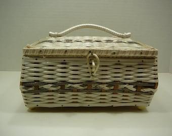 Vintage Sewing Basket full of Sewing Goodies, 1950s-1960s