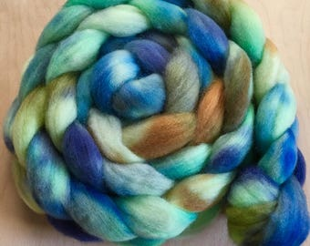 Tide Pool ,4.0 ounces handpainted Polwarth Top for spinning and felting