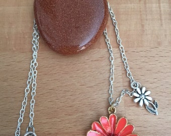 Silver flower and orange Daisy silver necklace