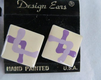 Lavender Jewelry Designer Painted Enamel Earrings Lavender Earrings 80s Jewelry NOS Psychedelic Jewelry Purple Enamel Jewelry Purple studs