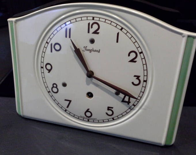 Art Deco Junghans Germany Ceramic Wall Clock Pistachio Green Detail Wind Up 8 Day 19/0987