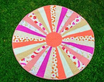 Daisy Mae- Circle Playmat Quilt