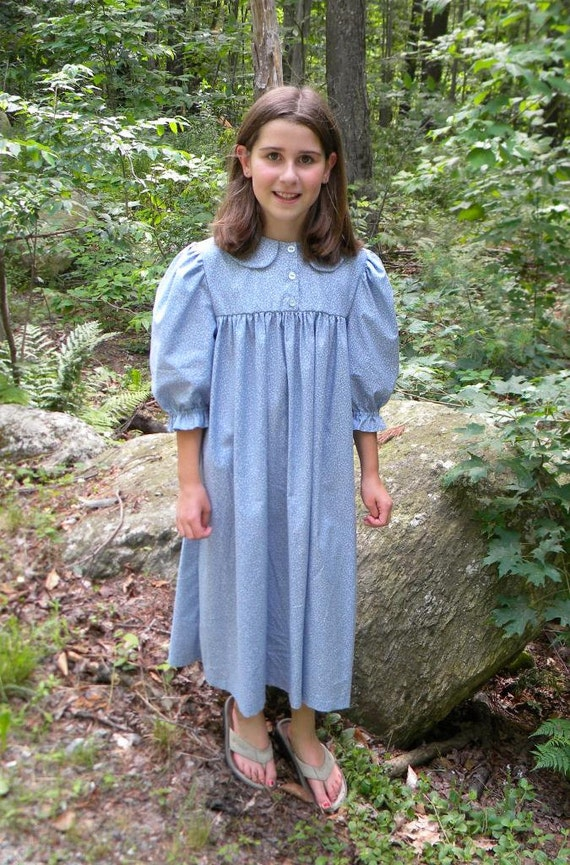 Old Fashioned Dresses Of The Pilgrims