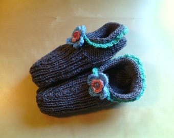 Socks wool girl slippers on needle and crochet-slippers handmade