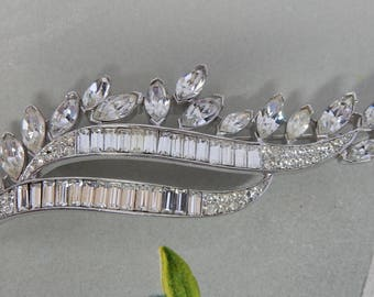1950s Crown TRIFARI Silver Sweep of Baguettes & Marquise Rhinestones Brooch by designer Alfred Philippe   PJ25