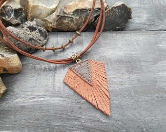 Brown leather necklace. Tribal necklace. Boho necklace. Bohemian necklace. Hippie necklace. Leather choker. Boho choker. Tribal choker.