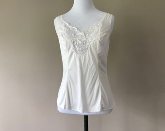 32 / Vintage Wonder Maid Cami Camisole Lingerie Top / White Nylon and Lace / Extra Small/XS / Non Cling / FREE USA Shipping