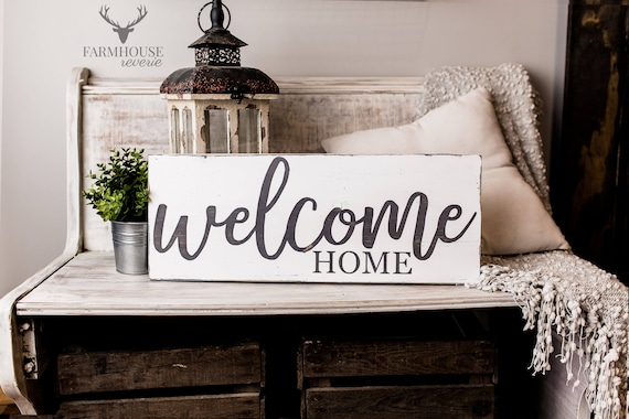 Farmhouse Welcome Home Sign moving tips
