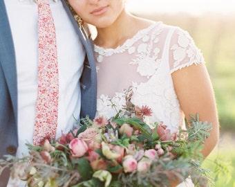 Rosaner schmaler Krawatte, Liberty of London binden, benutzerdefinierte rosa Krawatte, SIE wählen Sie Farbe, erröten Hochzeit Krawatte, Trauzeugen Krawatte, erröten floral Krawatte, Hochzeit