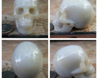 """2.1"""" 3.8oz 107.0g Agate Skull Realistic Crystal Healing Magical Magick Metaphysical Mystic Reiki Wicca Altar Large White 2 inch SK823"""