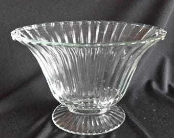 Clear ribbed glass fan vase