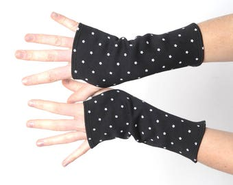 Black fingerless gloves with white stars, Short black thick wrist warmers, Womens accessories, MALAM