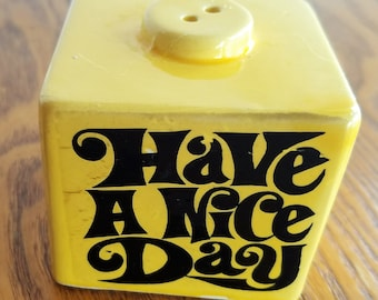 Vintage Enesco Cube Pepper Shaker, Have a Nice Day, Keep Smiling, Ceramic from 1960s