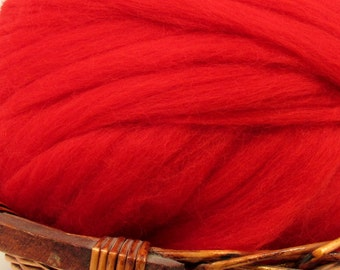 Dyed Corriedale Natural Spinning Fiber / 1oz - Scarlet