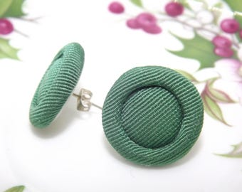 Button earrings, vintage buttons, lobe earrings, fabric earrings, vintage earrings, retro earrings, green earrings