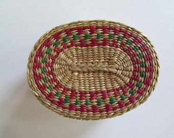 Vintage Basket//Small Woven Basket With Lid//Doll's Basket