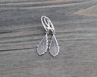 Silver Teardrop Filigree Earrings, Sterling Silver, Art Nouveau, Weddings; Bridesmaids Silver Earrings, Lever Back Ear Wire; Art Deco Style