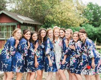 Set of 6 Bridesmaid Robes<>Satin Kimono Robe<>Bridesmaid Robes<>Wedding Robe<>Bridal Party<>Bridesmaid Gifts<>Plus Size Robes<>Ship from NY
